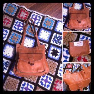 🦋2/$10 3/$15 4/$18 5/$20 Vintage 70s Leather Bag